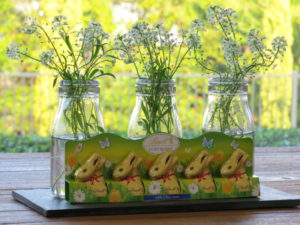 Chocolate rabbits and flowers